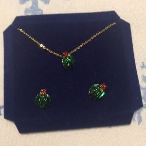 Christmas Holly earrings and necklace set